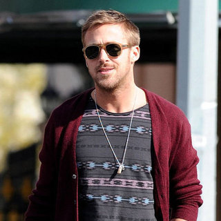 Ryan Gosling Pictures Lunching in NYC
