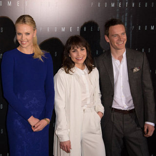 Charlize Theron Prometheus Premiere Paris Pictures
