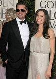 Brad Pitt wore aviator sunglasses on the red carpet during the January 2009 Golden Globes.