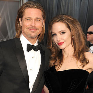 Brad Pitt and Angelina Jolie Engagement Details Video