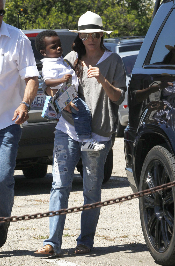 Sandra Bullock and Little Louis Climb Aboard Thomas the Tank Engine