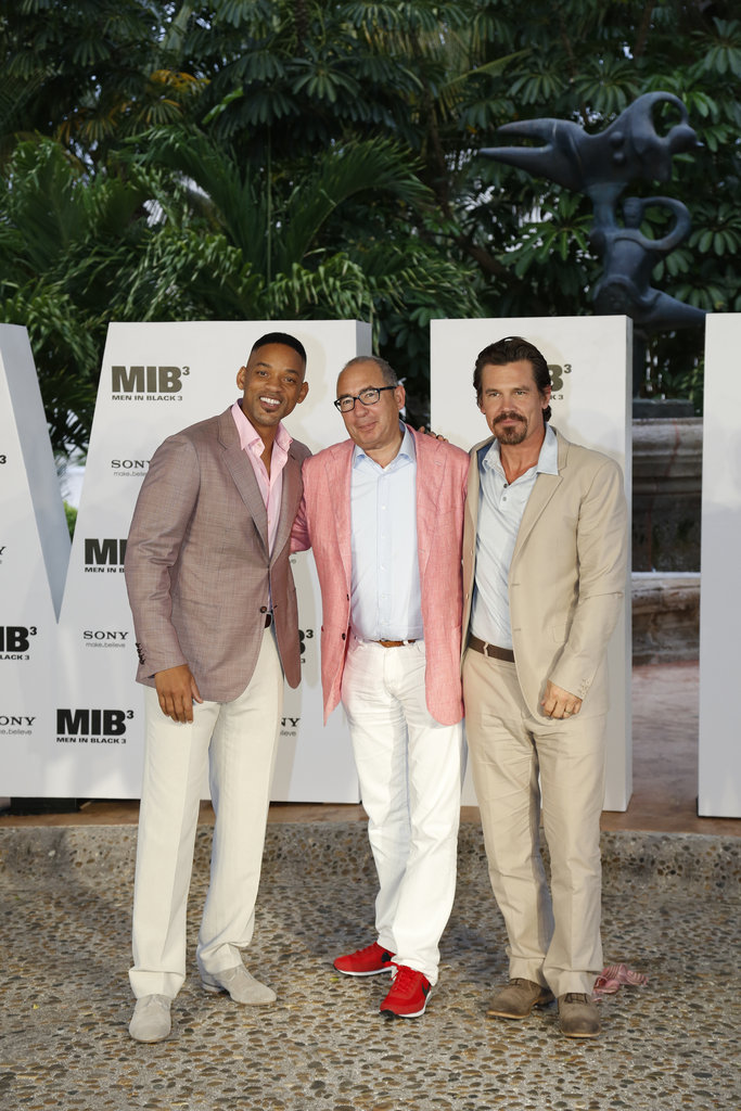 Will Smith, producer Barry Sonnenfeld, and Josh Brolin posed together for a photo in Cancun.