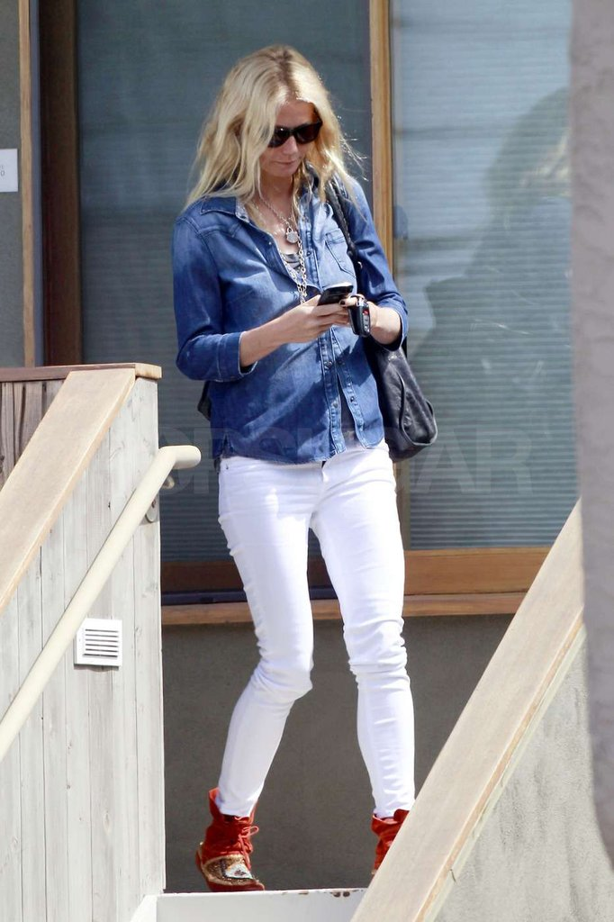 Gwyneth Paltrow sported mocassins on her feet.
