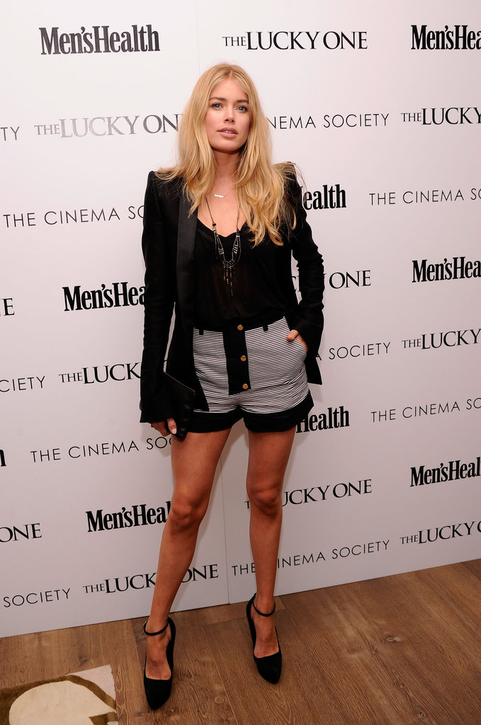 Doutzen Kroes posed at the Cinema Society and Men's Health screening of The Lucky One in NYC.