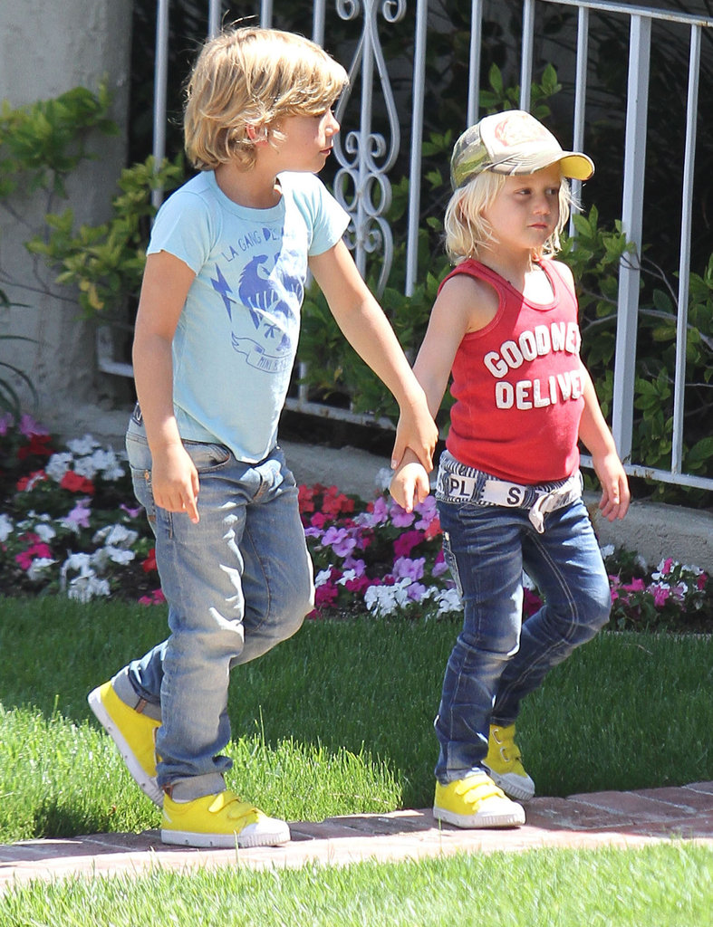 Zuma Rossdale and Kingston Rossdale were hand-in-hand on the way to a birthday party with mom Gwen Stefani.