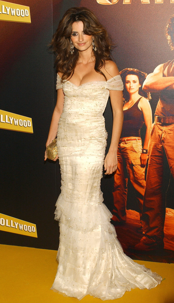Penélope Cruz wore a low-cut lace dress and big, sexy hair for the Madrid premiere of Sahara in April 2005.