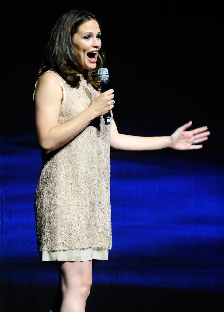 Jennifer Garner spoke on stage at CinemaCon in Las Vegas.