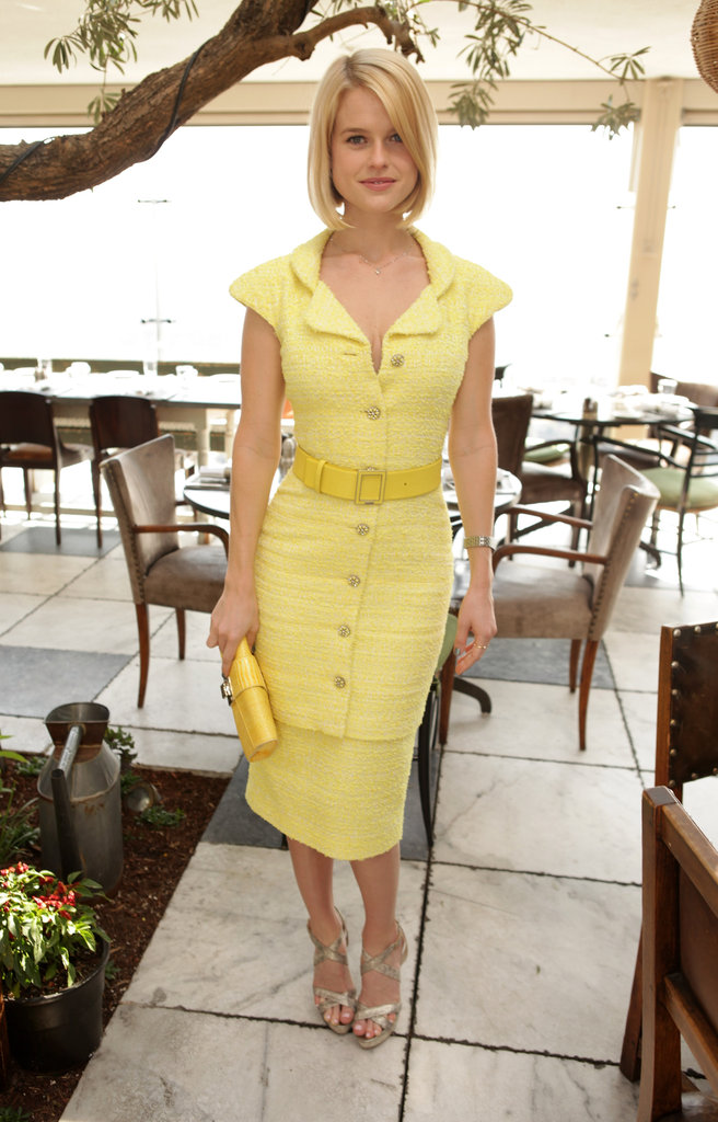 For the 25 Most Powerful Stylists Luncheon in March 2012, Alice Eve chose a sunny yellow dress with retro-chic detailing.