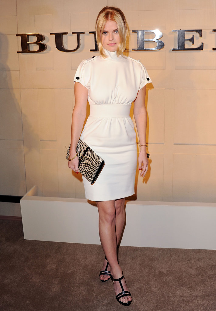 At Burberry's Body event in October 2011, Alice Eve chose the label's creamy white turtleneck shift and woven clutch.