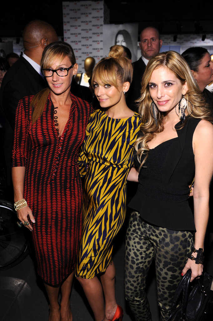 Nicole Richie partied with friends.