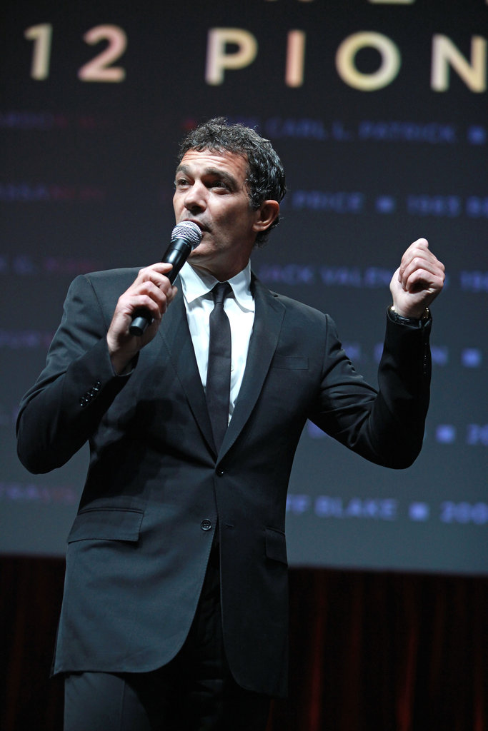 Antonio Banderas gave a few words on stage in honor of Jeffrey Katzenberg at CinemaCon in Las Vegas.