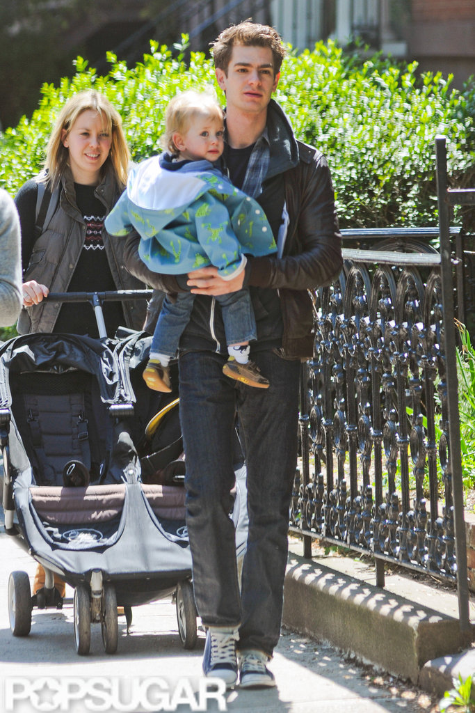Andrew Garfield carried his friend's son on the way to breakfast in NYC.