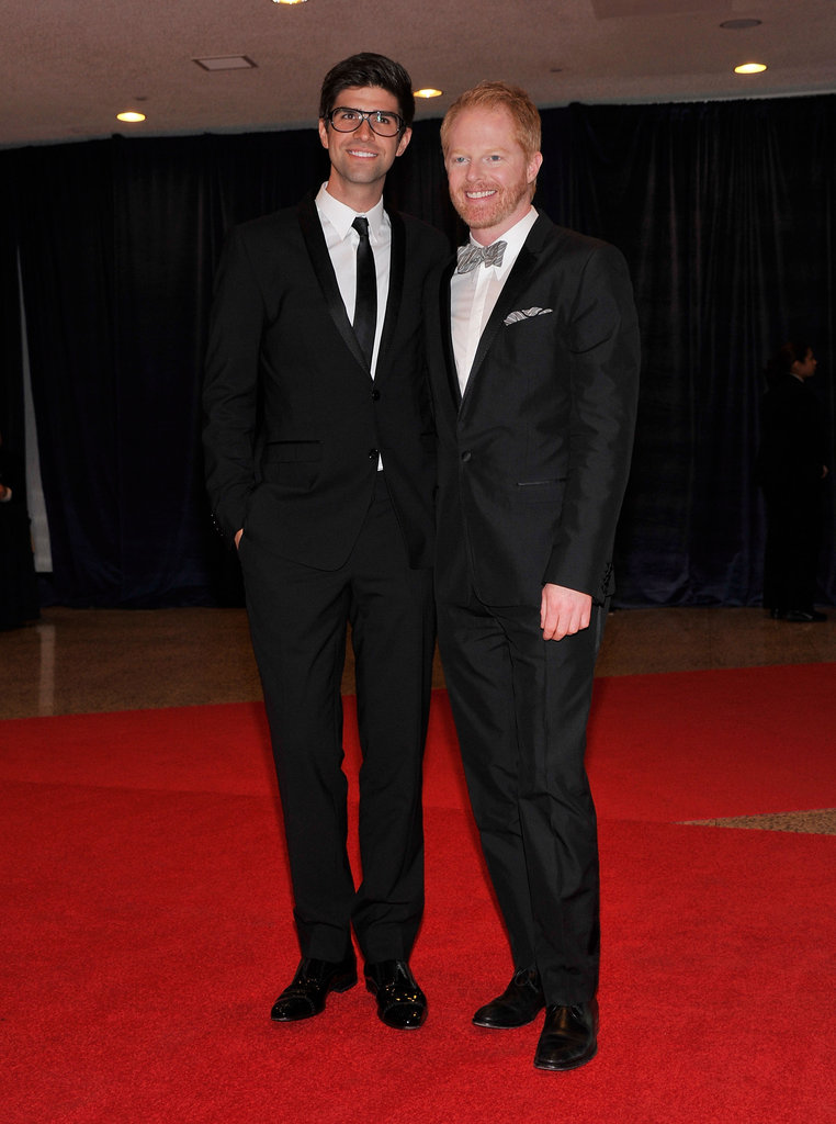 Jesse Tyler Ferguson posed with his boyfriend on the red carpet.