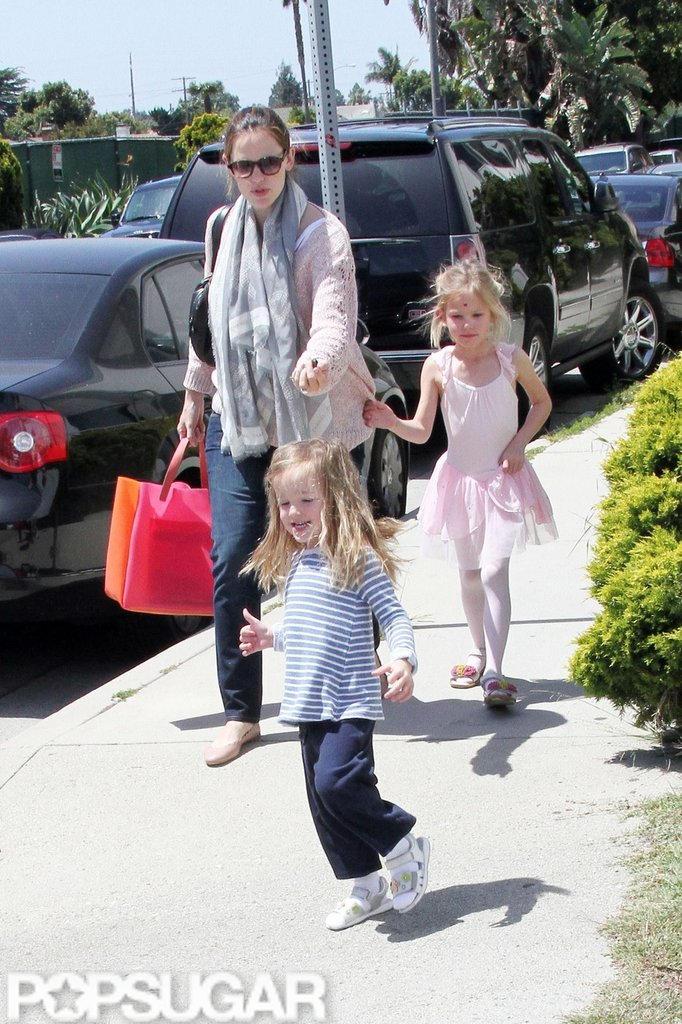 Jennifer Garner spent time with daughters Seraphina Affleck and Violet Affleck in LA.
