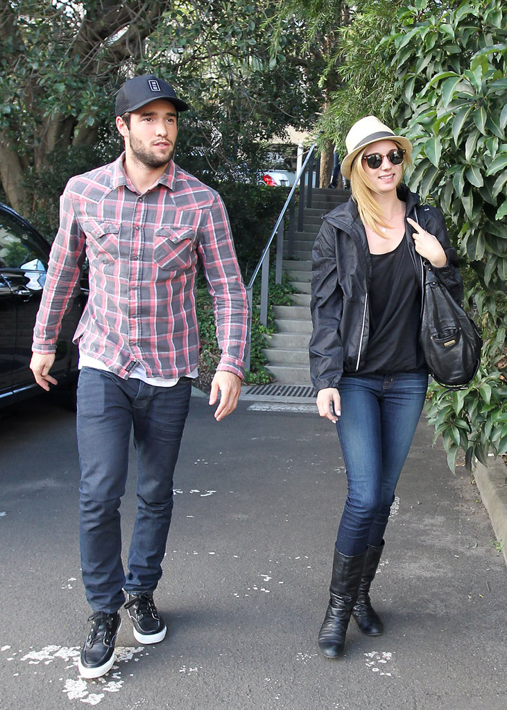 Joshua Bowman and Emily VanCamp