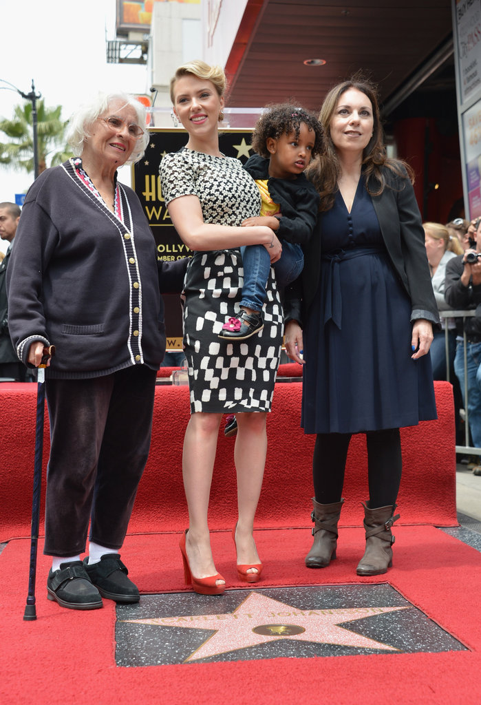 Scarlett Johansson posed for a photo with her grandmother, mom, and younger sister.