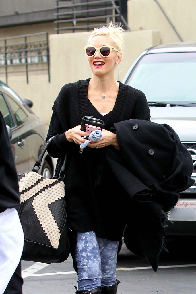 Gwen Stefani smiled as she walked to her car in LA.