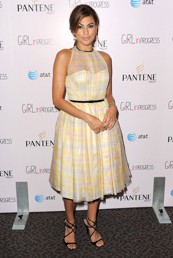 Eva Mendes channeled vintage glamour in a sweet Honor frock, complete with sheer inset at the neckline.