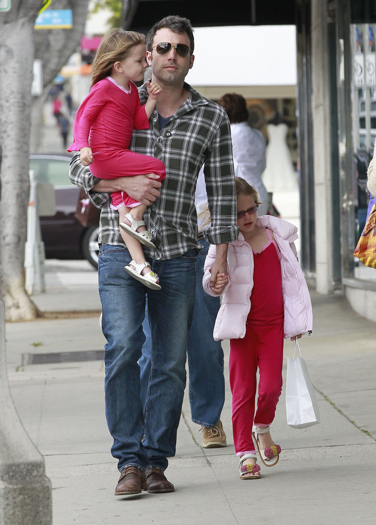 Ben Affleck went shopping in LA with his girls in tow.