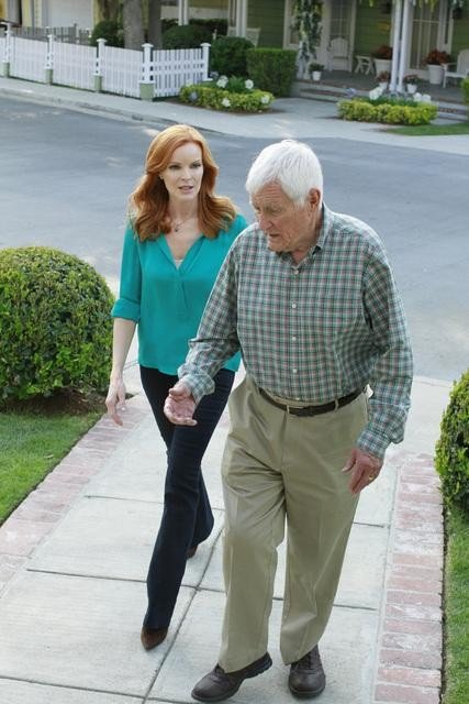 Marcia Cross as Bree and Orson Bean as Roy on Desperate Housewives. Photo courtesy of ABC