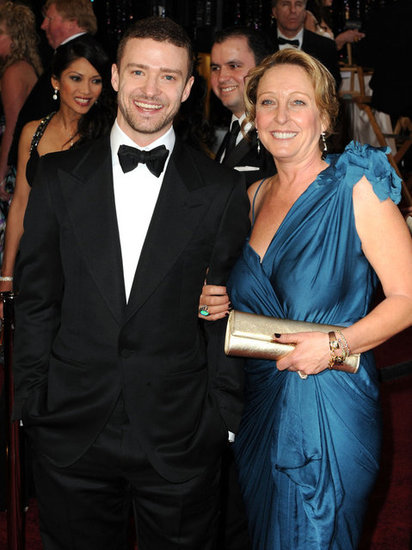 Justin Timberlake's mom, Lynn Harless, accompanied her superstar son to the Oscars in 2011.