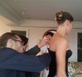 A team of stylists worked to perfect every angle of Gisele Bundchen's dress. Source: Twitter User GiseleOfficial