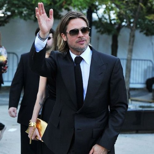 Brad Pitt Chanel No. 5 (Video)