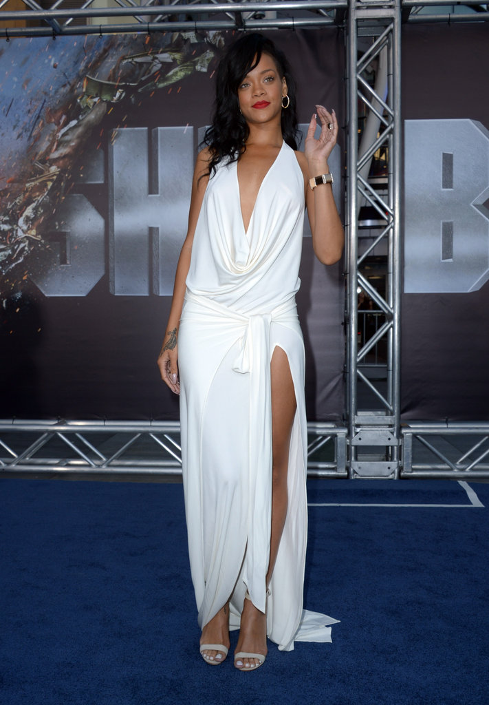 Rihanna gave a wave on the blue carpet of the Battleship premiere in LA.