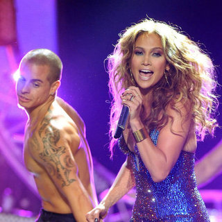 Jennifer Lopez Pictures Dancing With Casper Smart