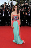 Bérénice Bejo showed off her stunning style in an embroidered Prada gown at the Lawless premiere.