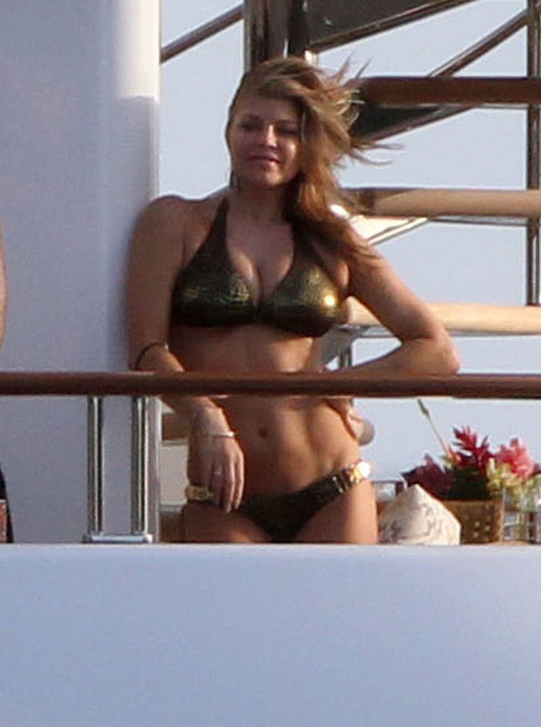 Fergie hung out on a friend's yacht with husband Josh Duhamel in St. Barts in January 2011.