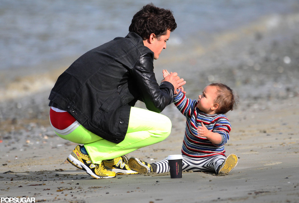 Orlando Bloom and Flynn played on the beach in New Zealand.