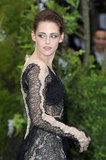 Even Kristen's sleeves were adorned in gorgeous lace.