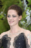 Kristen's makeup plays off the subtle metallics in the gown perfectly.