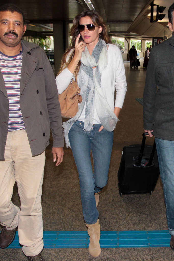 Gisele Bundchen arrived at the airport in Brazil.
