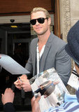 Chris Hemsworth signed autographs in London.