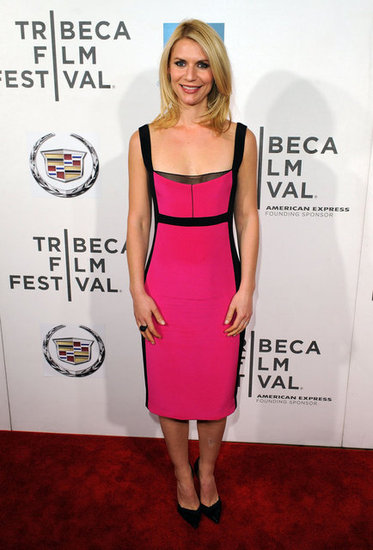 Hot pink and black is an age-old color combo, and Claire Danes proves why it works so well. She rocked a pink Narciso Rodriguez dress with black leather inserts, pairing it with black pumps and understated jewelry — a perfect look for a night out.