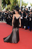 Salma Hayek showed off her curves in a black gown.