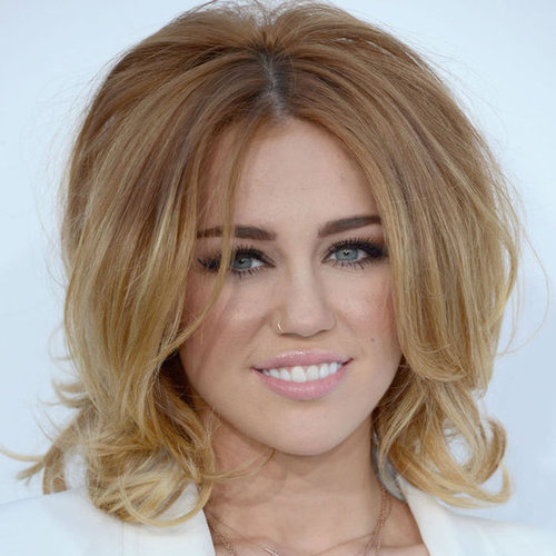Miley Cyrus' Hair and Makeup at the 2012 Billboard Music Awards