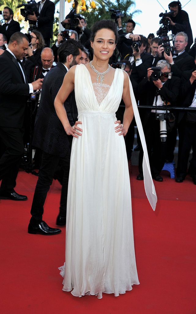 Michelle Rodriguez kept it monochromatic at the Killing Them Softly premiere by donning a crisp white gown with a gorgeous diamond collar necklace.