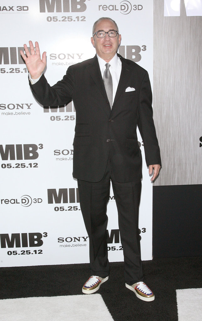 Director Barry Sonnenfeld waved at the Men in Black III premiere in NYC.
