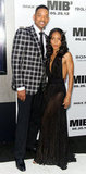 Will Smith posed with wife Jada Pinkett-Smith at the Men in Black III premiere in NYC.