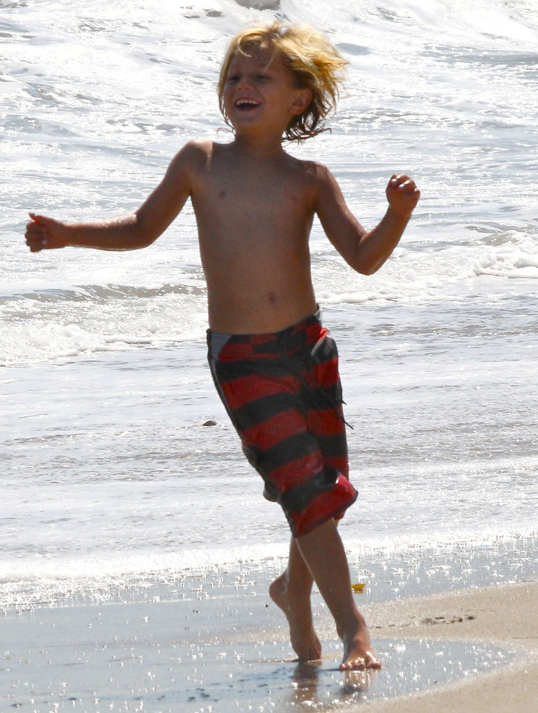 Kingston Rossdale enjoyed the beach during Joel Silver's Memorial Day party in LA.