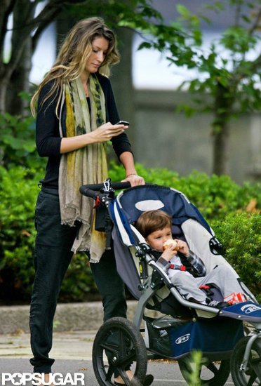 Gisele Bundchen Strolls to a Boston Park With Ben