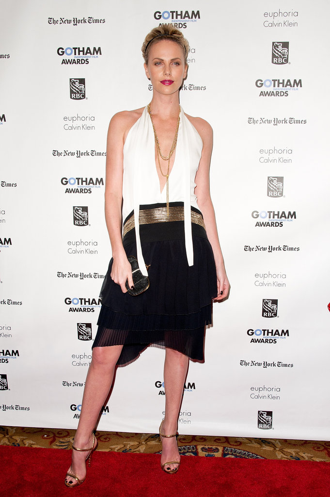 Flapper perfection? We think so. Charlize donned a pretty Gucci frock and Stella McCartney headband for the 2011 Gotham Independent Film Awards.