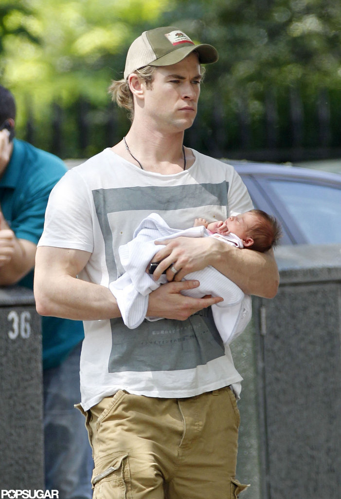 Chris Hemsworth cradled baby India.