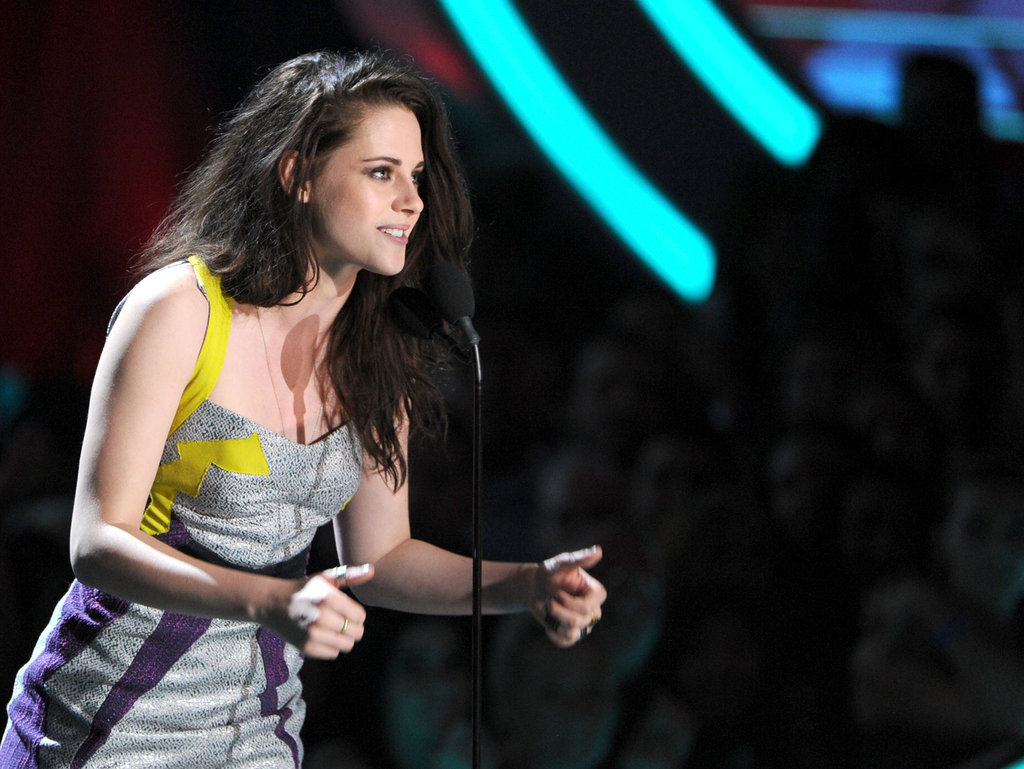 Kristen Stewart Gives and Gets Honors at the MTV Movie Awards