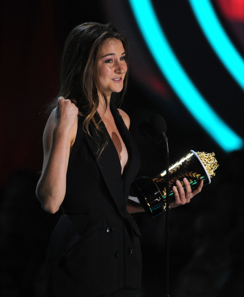 Shailene Woodley stepped on stage to receive her award.