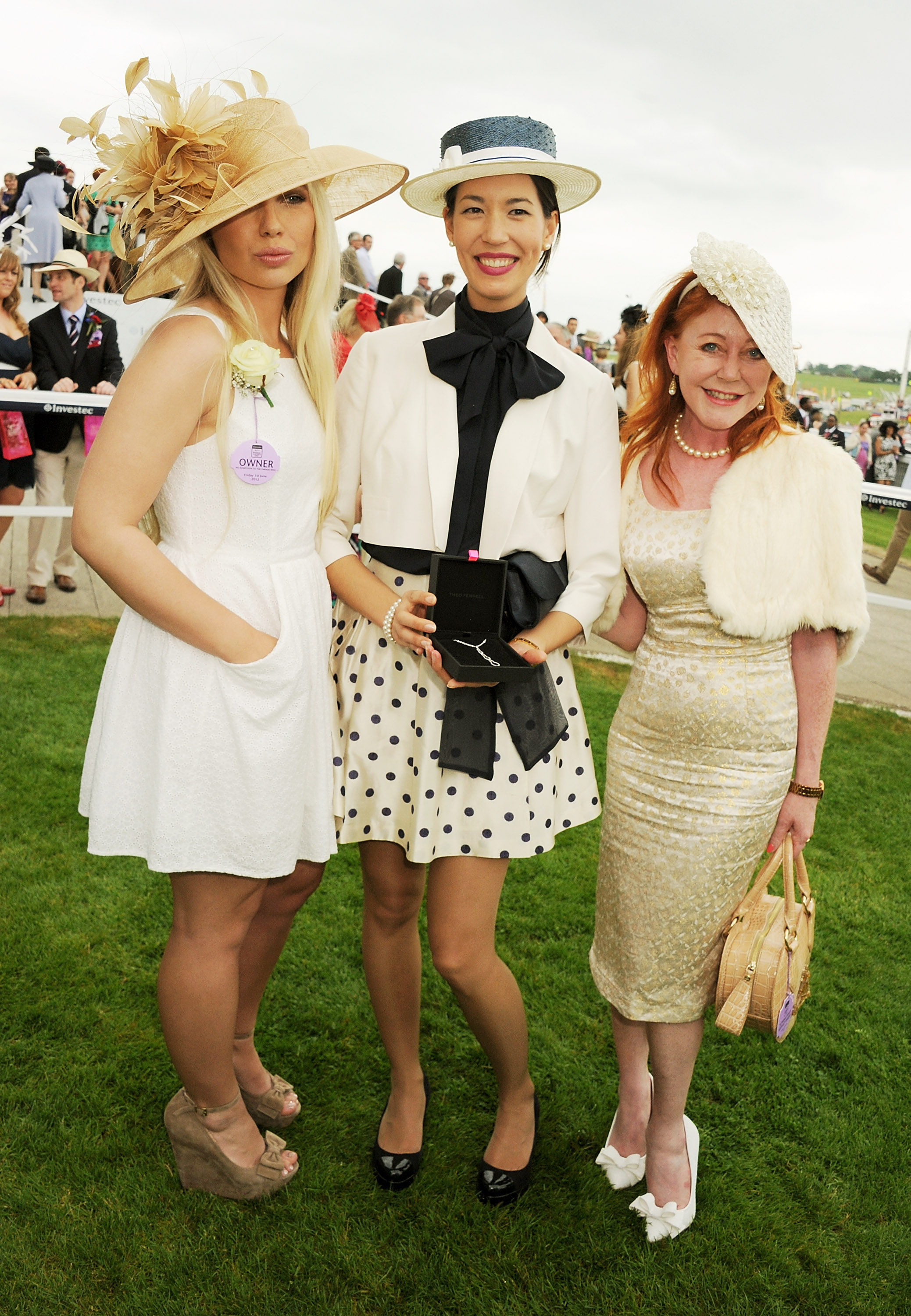 Finalists in the what best to wear best dressed contest for 2b cuisine epsom downs