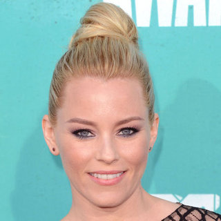 Elizabeth Banks at the 2012 MTV Movie Awards